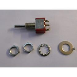 ** MDRE010 Single Pole On/Centre off/On Switch (1 piece)