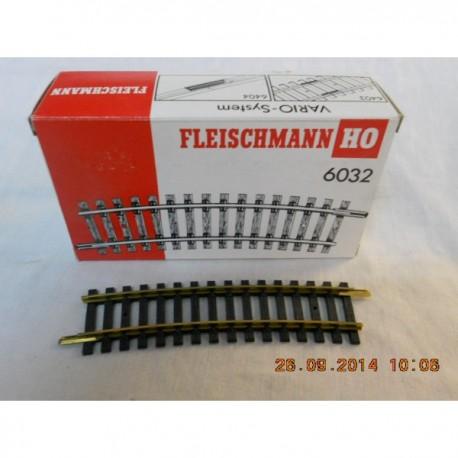 ** Fleischmann 6032 HO Model Track Curved  Radius 2  415mm  15 Deg