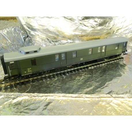 ** Fleischmann 5740  DR Express Baggage Coach