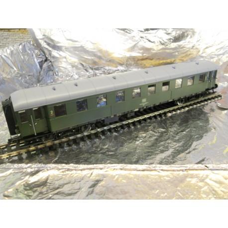 ** Fleischmann 567704  DB 2nd Class Express Coach IV