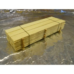 ** Heico 08743 Stack of Wooden Planks on Wooden Blocks 85mm TT / HOe / HO / 00