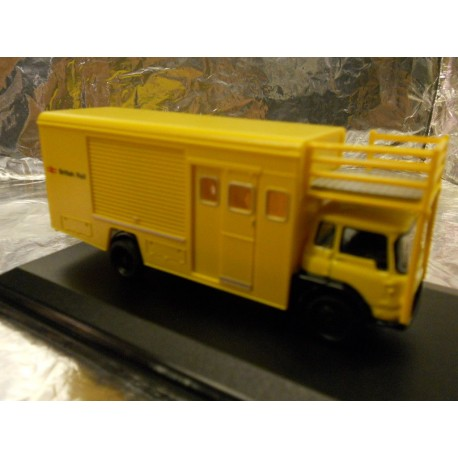 ** Oxford Diecast 76TK013  Bedford TK Emergency Bridging Unit - Closed British Rail