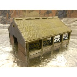 ** Graham Farish Scencraft 42108 Modern Farm Barn