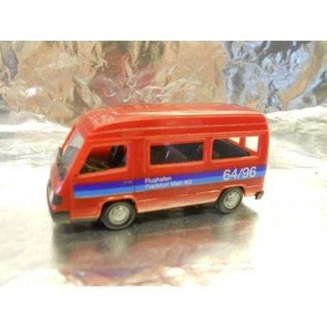 ** Herpa 043014 Mercedes-Benz 100D Bus Raised Roof Flughafen Frankfurt 1:87 Scale