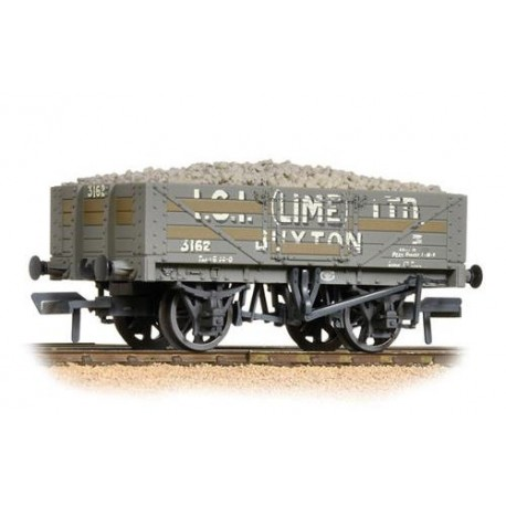 ** Bachmann 37-040 x 4 5 Plank Wagon Steel Floor I.C.I. (Lime) Ltd. Weathered - with Wagon Load