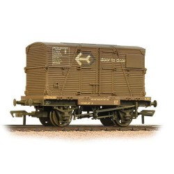 ** Bachmann 37-953 x 4 Conflat with BD Container 'Door-To-Door' Weathered