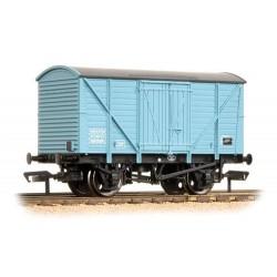 ** Bachmann 38-190B x 4 10 Ton BR Insulated Van Light Blue