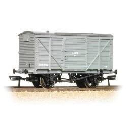 ** Bachmann 37-803B x 4 12 Ton Planked Ventilated Van LMS Grey