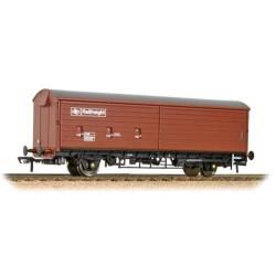 ** Bachmann 38-122 x 2 35 Ton VAA Sliding Door Box Van Railfreight Brown