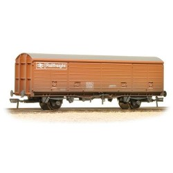 ** Bachmann 38-145 x 2 29 Tonne VDA Sliding Door Box Van BR Railfreight Bauxite Weathered