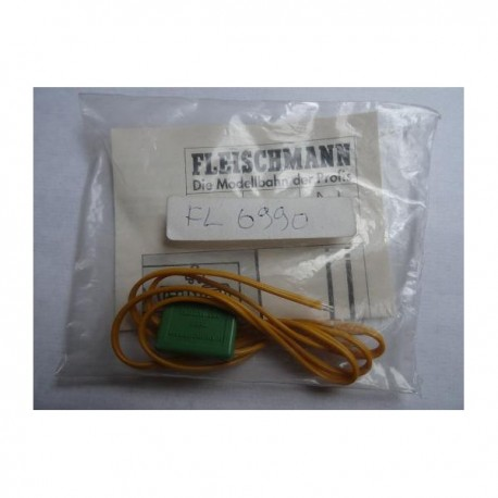 ** Fleischmann 6990 Radio suppressor For Analogue use only