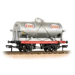 ** Bachmann 37-684A x 4 14 Ton Tank Wagon 'ESSO'