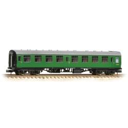 ** Graham Farish 371-051D x 2 BR Mk1 SK Second Corridor (SR) Green