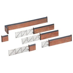 ** Graham Farish 42-107  x 1 Scenecraft Red Brick Walls & Gate (Pre-Built)