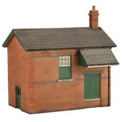** Graham Farish 42-188  x 1 Scenecraft Great Central Goods Depot (Pre-Built)