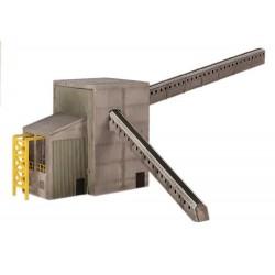** Graham Farish 42-197  x 1 Scenecraft Coal Distribution Building (Pre-Built)
