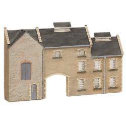 ** Graham Farish 42-219  x 1 Scenecraft Low Relief Stone Factory (Pre-Built)
