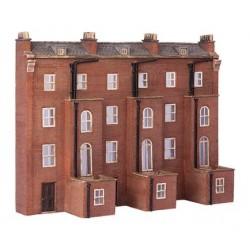** Graham Farish 42-227  x 1 Scenecraft Low Relief Victorian Tenements (Pre-Built)