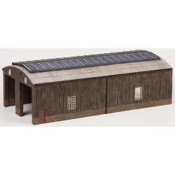** Bachmann 44-0035  x 1 Scenecraft Wooden Carriage Shed (Pre-Built)