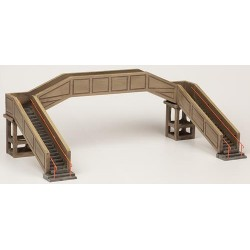 ** Bachmann 44-0044  x 1 Scenecraft Concrete Footbridge (Pre-Built)