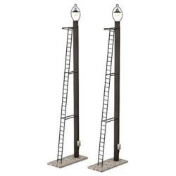 ** Bachmann 44-561 Scenecraft Wooden Post Yard Lamps 2pcs (Pre-Built)