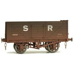 ** Dapol 7F-071-028W Weathered 7 Plank Wagon SR 40045