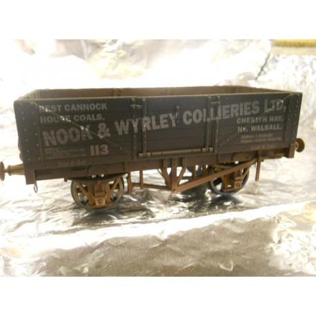 ** Dapol 7F-051-014W Weathered 5 Plank Wagon Nook & Wyreley 113