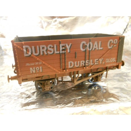 ** Dapol 7F-071-026W Weathered 7 Plank Wagon Dursley Coal