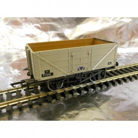 **   Oxford Rail 76MW7013 7 Plank Mineral Wagon - BR Grey P73162