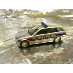 ** Herpa 269438 BMW 3-Series Touring 'Police Test Scheme'