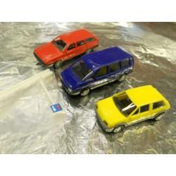 ** Busch 5996 3 x 1980's Cars VW Passat, Renault Espace, Citroen AX.