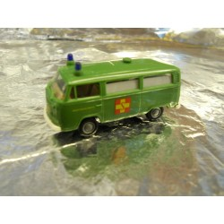 ** Brekina 33253 VW T2 Van Green ASB