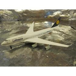 ** Herpa Wings 516105-002 Lufthansa Boeing 747-400