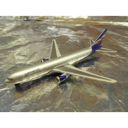 ** Herpa Wings 470018 Aeroflot Boeing 767-300 (Magic)