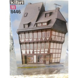** Kibri 8446 Town House with Shop