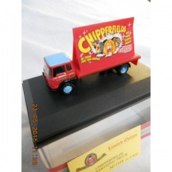** Oxford Diecast 76CH013 Chipperfield Advertising Board