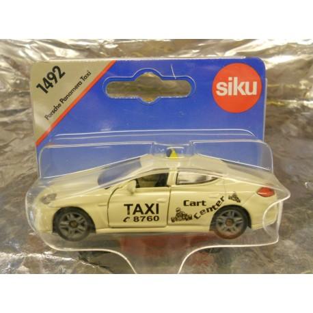 ** Siku 1492  Siku Super Porsche Panamera Taxi.