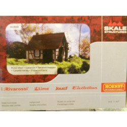 ** Hornby HC8009 Rural Shed, Ready Made Model
