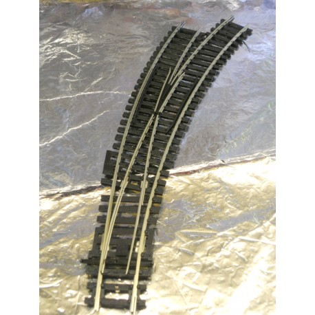 ** Hornby R8075  Manual Right Hand Curved Point.