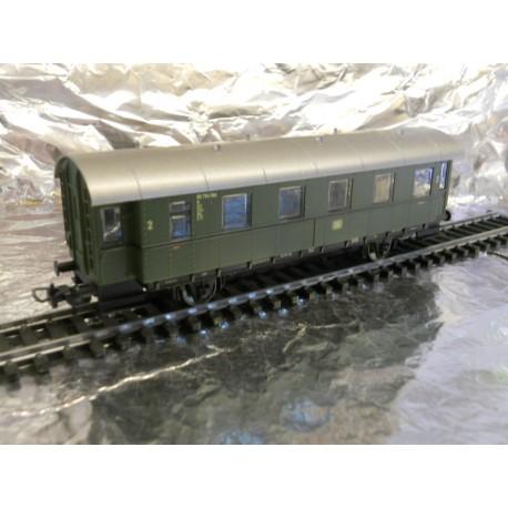 ** Piko 57630 Hobby DB  2 Axel Passenger Coach  2nd Class.