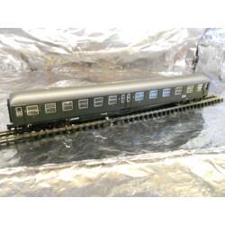 ** Arnold HN3110 DB 2nd/3rd Class Passenger Coach Green Epoch 3