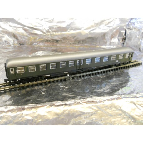 ** Arnold HN3110 DB 2nd/3rd Class Passenger Coach Green Epoch 3
