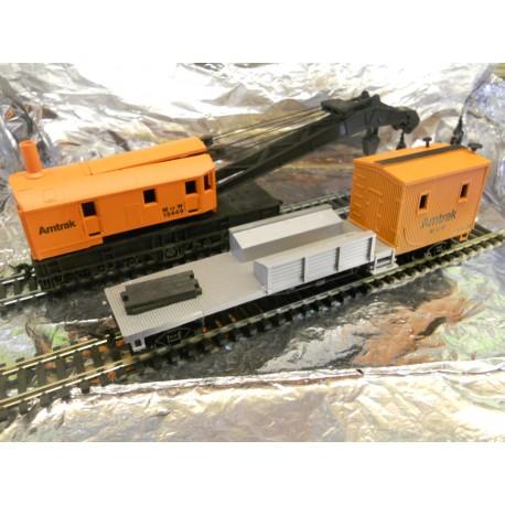 ** Bachmann 46115  Crane Car & Boom Tender.