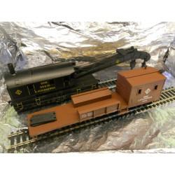 ** Bachmann 46213 Crane Car & Boom Tender.