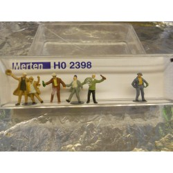 ** Merten 2398 HO Scale Happy Drunkards