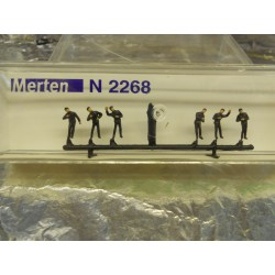 ** Merten 2268  N Scale  Locomotive Personnel .