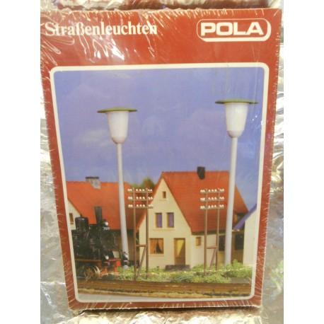 ** Pola 70  2 Street Lights  ( 14-19 volts ) and 6 Telegraph Poles Kit
