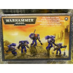 ** Games Workshop 48-09  Space Marine Assault Squad.