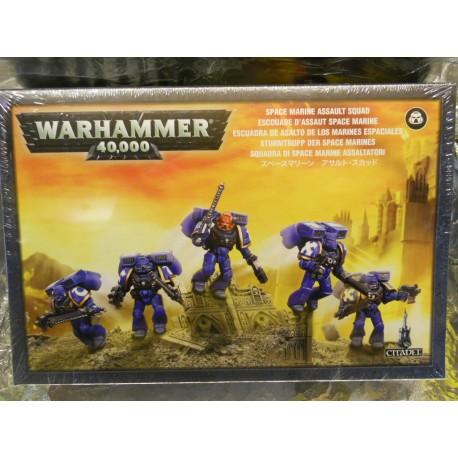** Games Workshop 48-09  Space Marine Assault Squad.