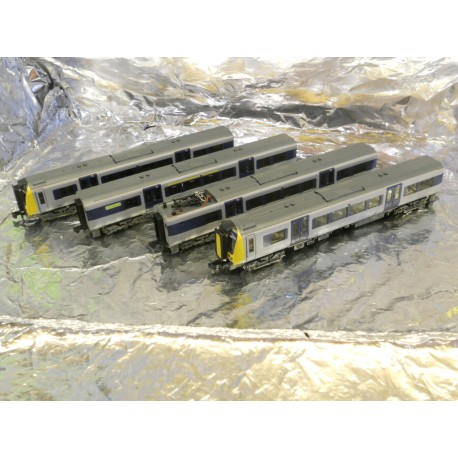 ** Graham Farish 371-700 Class 350/1 Desiro 4 Car EMU 350 111 Silverlink